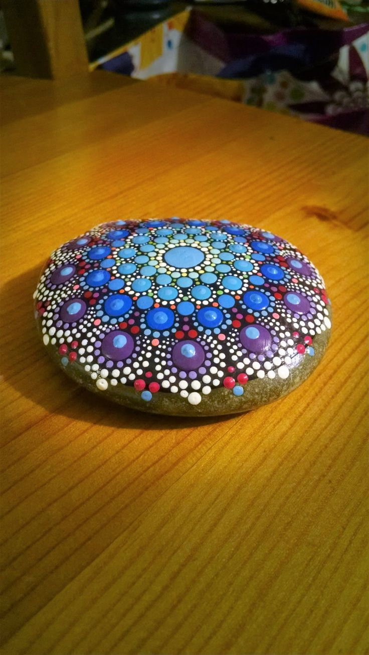 Large Hand Painted Stone Colorful Dot Art von P4MirandaPitrone