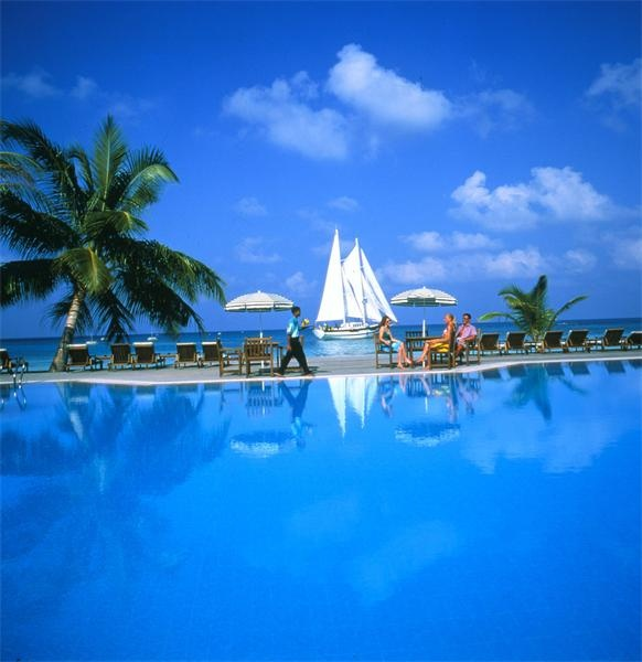 Meeru island resort Swimming-Pool