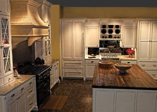 Awesome At Mouser Cabinetry, Our Devotion Is To The Craftsmanship Of The Finest Custom  Cabinetry. Imagination Takes Form As The Designeru0027s Ideas Are Brought To  Life ...