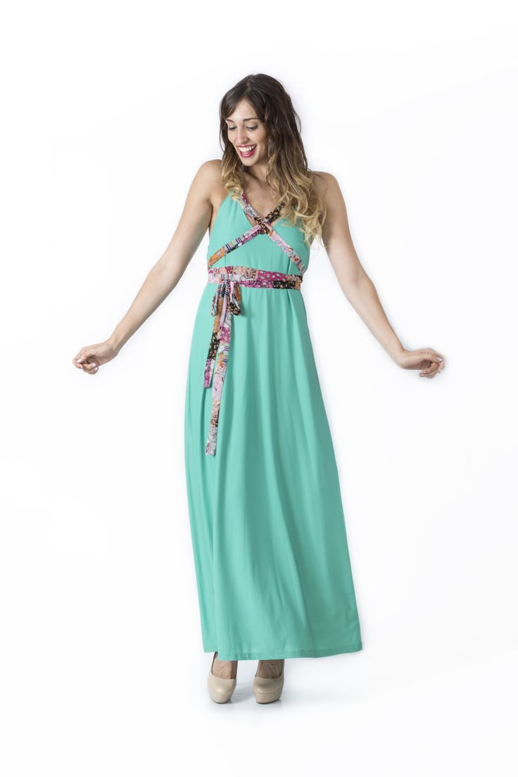 Bosque Paraíso Collection REF:VE0001 SIZE: XS-1W Material: Crepe- Polyester/100 Colors: Black,emerald green, white, green jade