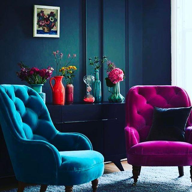Wednesday MorningColorful Details at home ------------------------------------------------ #wednesday #goodmorning #bondia #colorful #velvet #homedetails #decor #decoration #interiordesign #inspiration #design #instabcn  #instadaily #instaphoto #picoftheday #bcn #lovebcn #mylife ------------------------------------------------