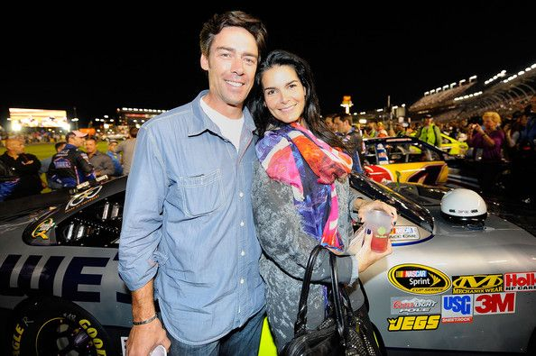 Angie Harmon Jason Sehorn Photos - Actress Angie Harmon (R) and former NFL player Jason Sehorn (L) attend the NASCAR Sprint Cup Series Bank of America 500 at Charlotte Motor Speedway on October 15, 2011 in Charlotte, North Carolina. - Bank of America 500