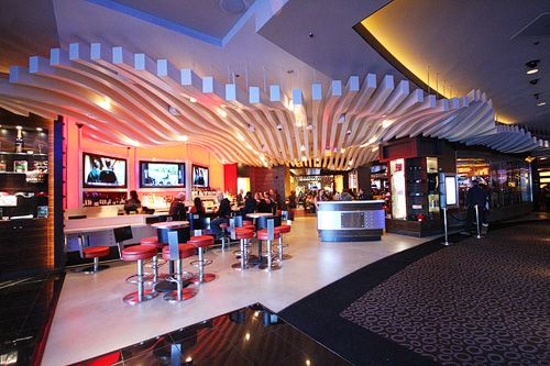 It looks like celebrity chef Gordon Ramsay has another Las Vegas success on his hands. Gordon Ramsay Burger recently opened at Planet Hollywood, and the joint's been pleasing palates ever since with a flavorful selection of burgers, dogs, salads and signature cocktails. (If you thought we'd leave out the cocktails, you've clearly never visited this....