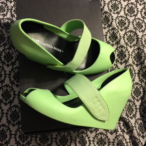 United Nude Green Wedges Size 36 - US 6 United Nude Lime Green Wedges size 36 - US 6. Brand New #opentoe #wedges #jellies #jellys #unitednude Shoes Wedges
