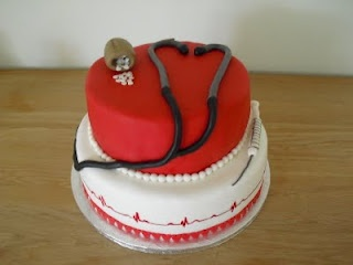 Kager med mere: Sygeplejerske kage