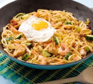 "Bami Goreng Recipe - Myaya - this tasty and popular Dutch Indonesian influenced dish, ""Bami Goreng ""is similar to a Pad Thai, courtesy of IndoChef.com"