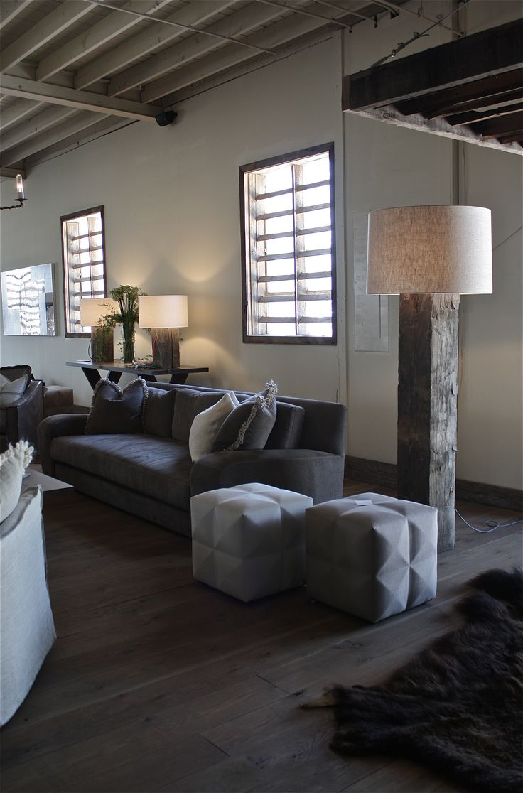 Living Room Ottomans 25 Best Ideas About Rustic Ottomans And Cubes On Pinterest