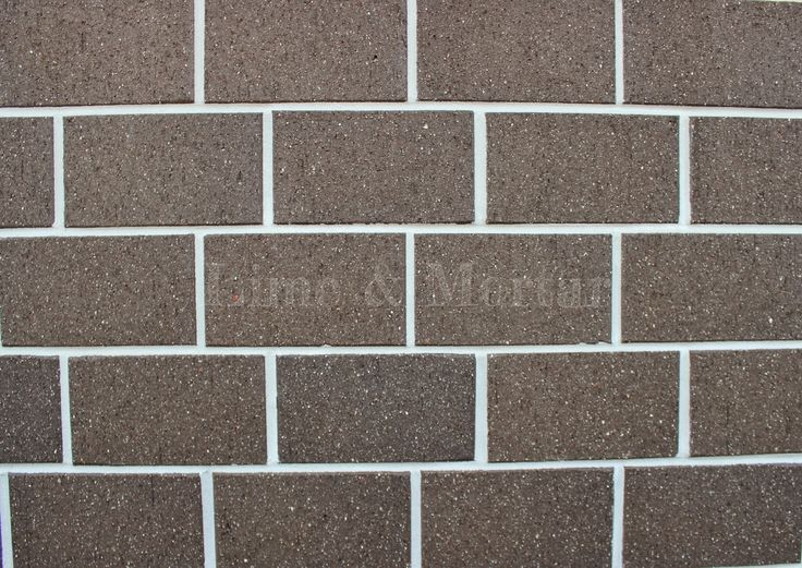 Lime & Mortar: Side of House: Brick Choice
