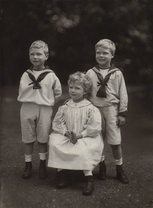 Bertie (future King George VI), Princess Mary and David (Prince Edward, Duke of Windsor).