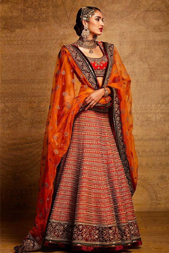 Tarun Tahiliani Bridal (Desi Bridal Shaadi Indian Pakistani Wedding Mehndi Walima)