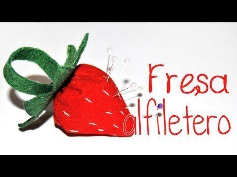 Tutorial: Fresas de fieltro - YouTube