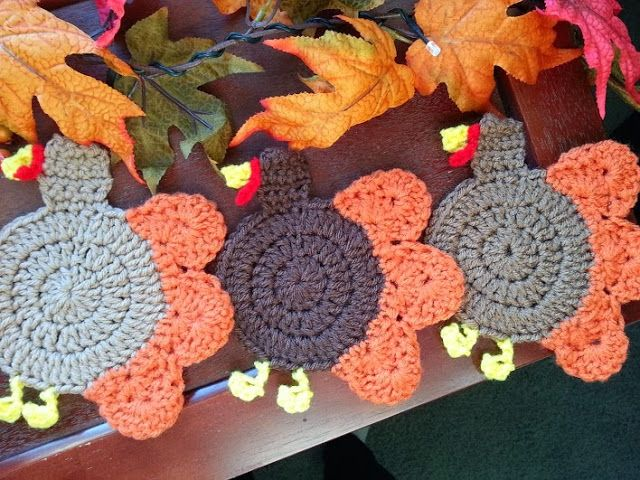 Gobble Coaster Free Crochet Pattern : Turkey coaster. Made from free pattern by Yarn Pixie http ...