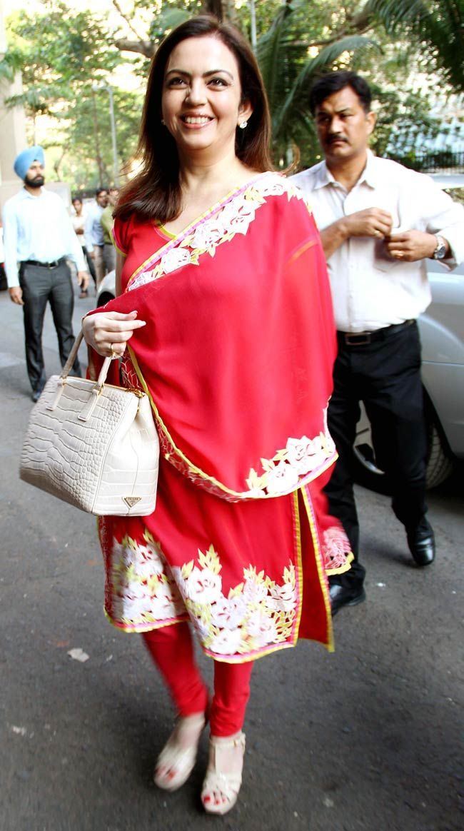 Nita Ambani arrives at a public awareness programme on Head Injury and Road Traffic Accident organised by Neurology Society of India (NSI). #Fashion #Style #Page3 #Beauty