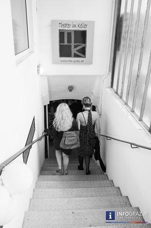 Bilder von - Die Glasglocke. In Scherben. - und der Premierenfeier  #Bilder #Die #Glasglocke #In #Scherben #Theater #im #Keller #Graz, #Nadja #Pirringer, #Paula #Perschke, #Premiere  #Schauspiel #Lyrikerin #Schriftstellerin #Sylvia #Plath, #Textcollage #Zum #Sterben #schön, #Werner #Halbedl, #Ninja #Reichert, #Greta #Lindermuth, #Vera #Heimisch, #Julia #Wohlfahrt, #Malte #Lichtenberg, #Katharina #Krenn, #CrisendorfeR, #Simone #Dueller, #Andreas #Thaler, #Peter #Spall, #Gastspiel #a.c.m.e.