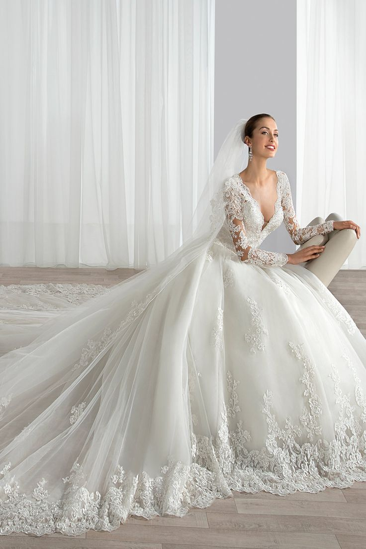 Demetrios Ultra Sophisticates collection Style 646