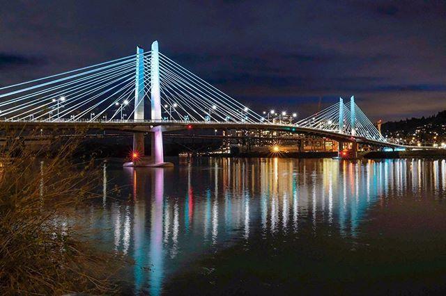 Night of Portland  #pdx #portland #oregon #city #cityscape #light #bridge #photography #landscapephotography #night #nightphotography