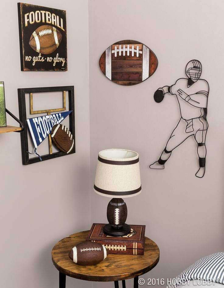 Score a major win with your football fan! Tackle their bedroom decor with touchdown-worthy wall art and accessories.