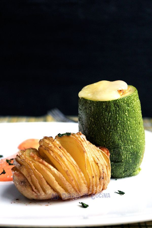 Mi Diario de Cocina | Stuffed zucchini with chicken | http://www.midiariodecocina.com/en/
