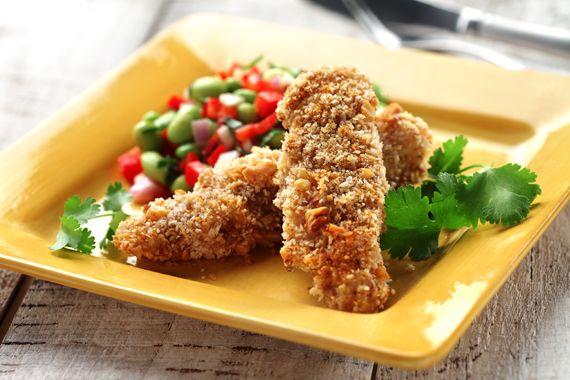 Dedos de pescado con empanizador Panko   Prepárelos para una cena entre semana que le gustará a toda la familia.