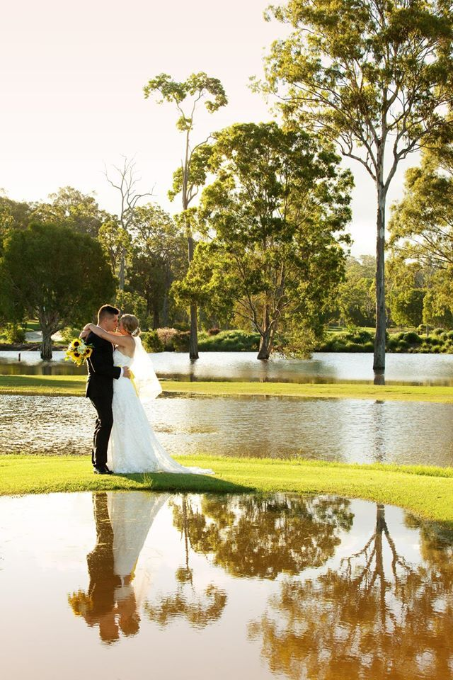 Wet Paint Photography - www.wetpaintphotography.com - for Jessica and Nathan's wedding at Parkwood International Golf Club, Gold Coast