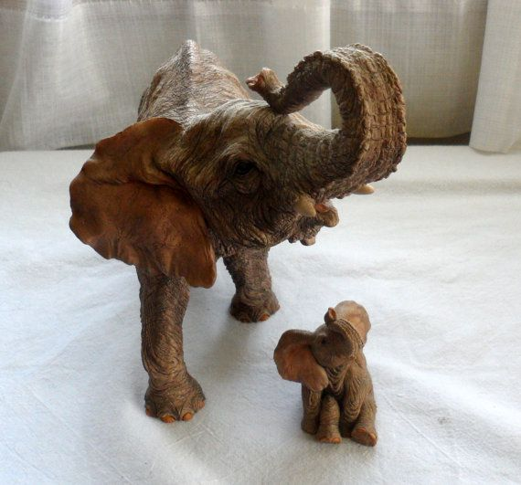 1989 MOTHER n BABE Elephant Figurines/Made in Great by BYGONERA