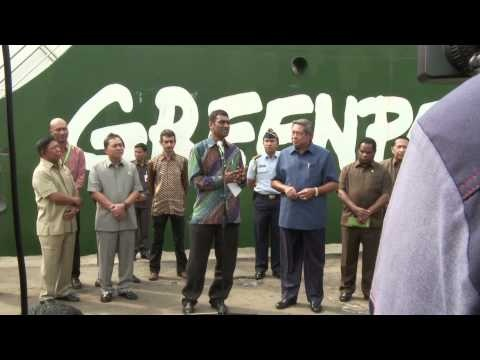 President of Republic of Indonesia Visits Rainbow Warrior
