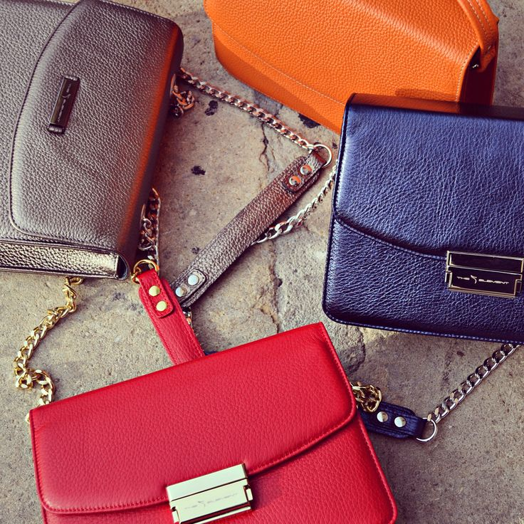 #the5thelementbags #rosettishowroom #springsummer #cappuccino #red #miniG #SS2016