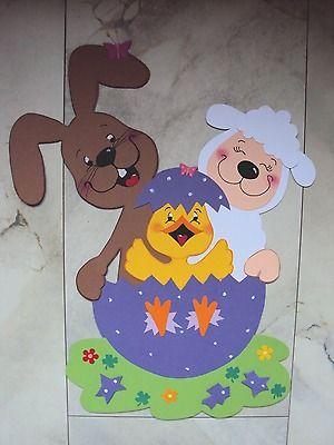 Fensterbild  Tonkarton Zauberhaft schönes Trio mit Hase Schaf und Küken im Ei XL