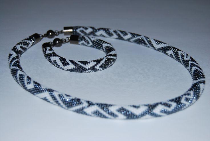 Hematite and White ZigZag Jewerly Set - Necklace and Bracelet made with TOHO beads by BeaduBeadu on Etsy
