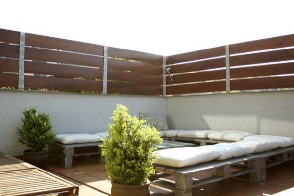 Dachterrasse Bepflanzung-Möbel aus Paletten