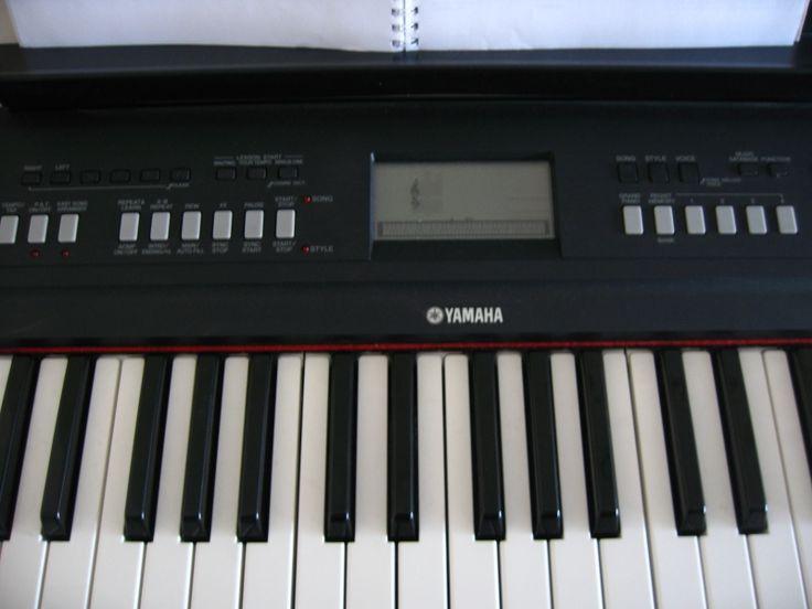 piano Yamaha npv60 véritable piano d'initiation avec son clavier de 76 touches à effet gradué il ofrre en plus une grande polyvalence grace à sa partie arrangeur complete une mémoire 6 pistes 489 sonorités 8 swets et cools et live voice 160 style . #location piano #yamaha à #lecannet (06110) _ www.placedelaloc.com/location/multimedia-high-tech