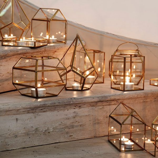 6 Places Tea Lights Can Be Used At Your Wedding