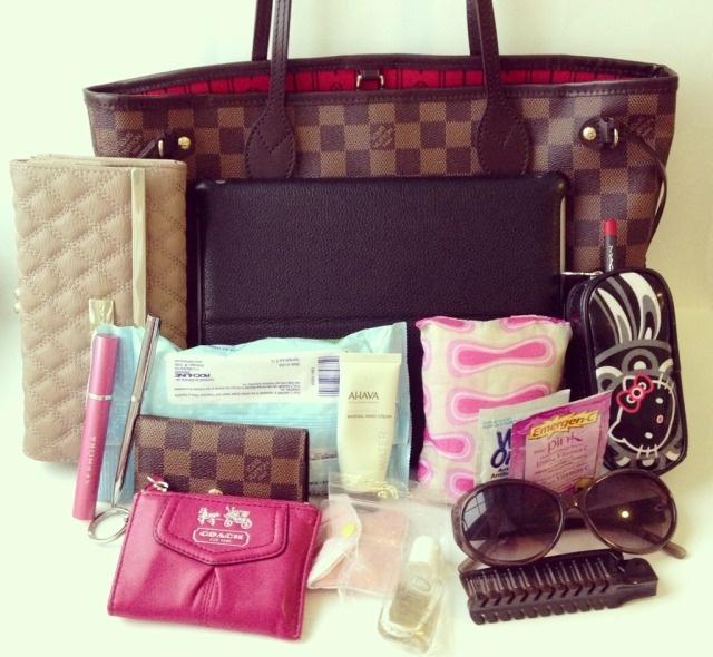 Ella Pretty: What's in my bag (Neverfull PM)