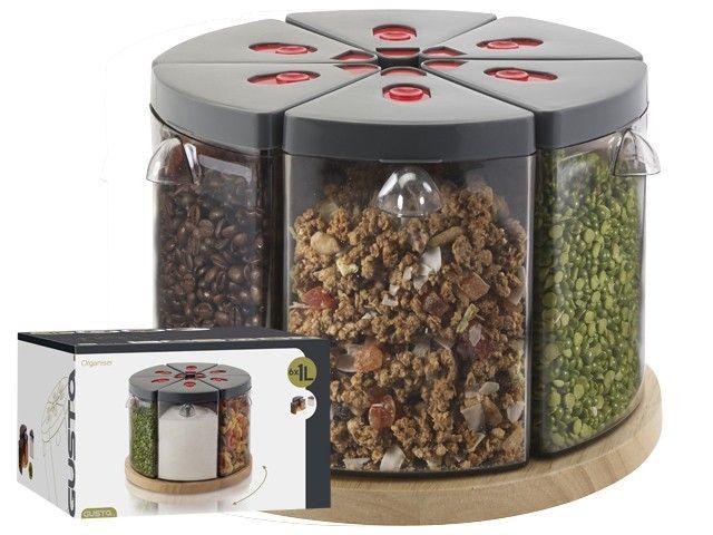 Gusta organiser, doorsnede 26cm. Deze supergrote organiser van Gusta bestaat uit 6 x 1 liter segmenten met handige schenktuit voor het opslaan van je kruiden, suiker, etc. Makkelijk alles bij elkaar in de keuken of kelder.