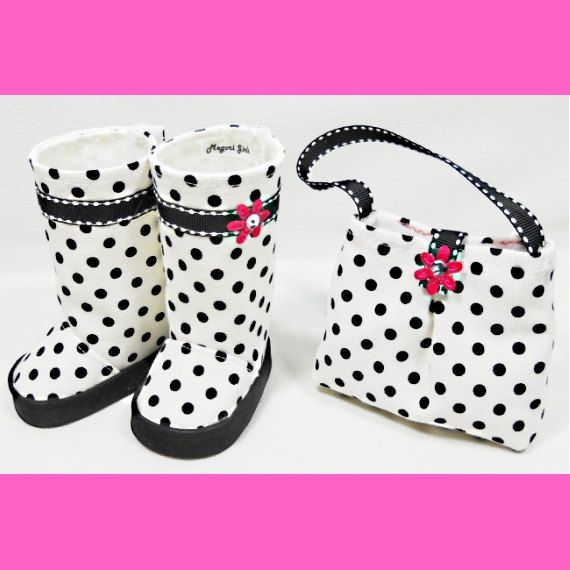 American Girl 18 Dolls Purse And Boots Set White By