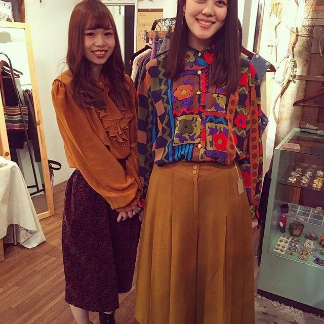 【choosy.choosy】さんのInstagramをピンしています。 《みんなでchoosyコーデ♡ さやちゃん&だちょうちゃんありがとうございます^ - ^ さやちゃんはレトロフリルブラウスお買い上げありがとうございます♡  #choosy #ものがたりを着る #静岡 #古着 #レディース古着 #古着屋 #セレクトショップ #作家 #アクセサリー #絵本 #森 #vintage #antique #usedclothing #used #jpn #Shizuoka #コーディネート #スタイリング #お洒落さんと繋がりたい #通販 #アート #art #ギャラリー #絵 #展示 #販売 #choosyスナップ》