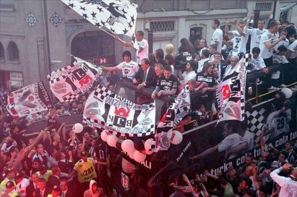 Beşiktaş fans.