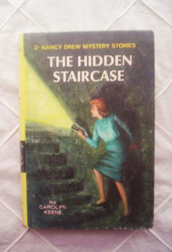 1959 The hidden staircase mistery book by Carolyn by PortaPortese