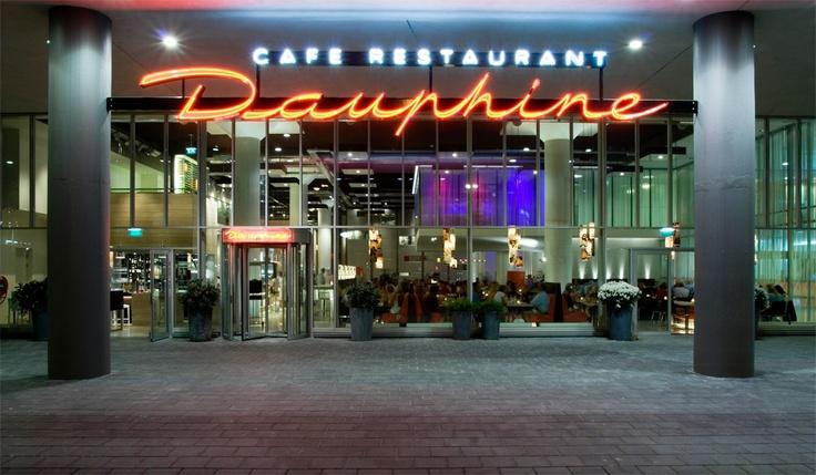Cafe Restaurant Dauphine (Lekkere broodjes en een goede cappuccino. Altijd druk)