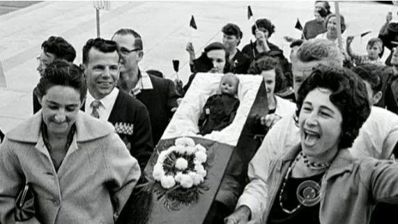 The Amazing Story Of Ruby Bridges Infochaos Ruby Bridges Black Doll Black Is Beautiful