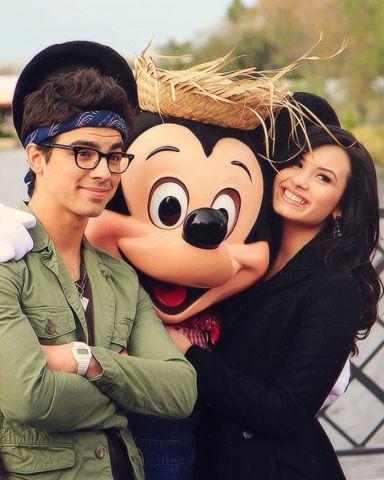 Imagem de demi lovato, Joe Jonas, and jemi