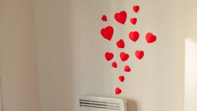 Kağıt Sanatı - 3D Kalpli Duvar Dekorasyonu - Japon kağıt katlama sanatı (Origami) - teknikleri, örnekleri ve ipuçlarını videolu anlatımı. Kağıttan hediyelik ve özel günler için Sevgililer Günü için 3D kalpli duvar dekorasyonu yapımı (Simple 3D Heart Wall Decoration Video)