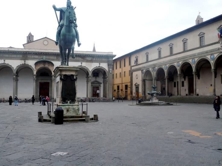 Filippo Brunelleschi. Ospedale Degli Innocenti. Florence begun c. 1419  #architecture #Brunelleschi