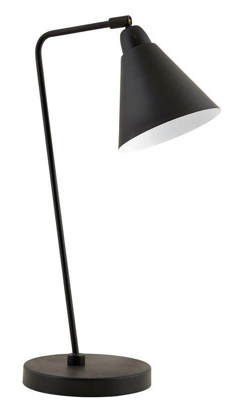 Game Bordlampe - Flot enkel bordlampe fra House Doctor i sort metal. Anvend denne smarte bordlampe på skrivebordet, på sengebordet eller på sidebordet i stuen. Tørres over med en tør klud.