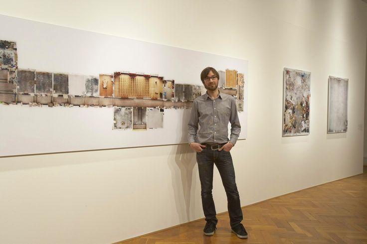 "The artist in his exhibition: ""Andreas Gefeller. Photographs"", Landesgalerie Linz, 2010 copyright: Landesgalerie Linz"