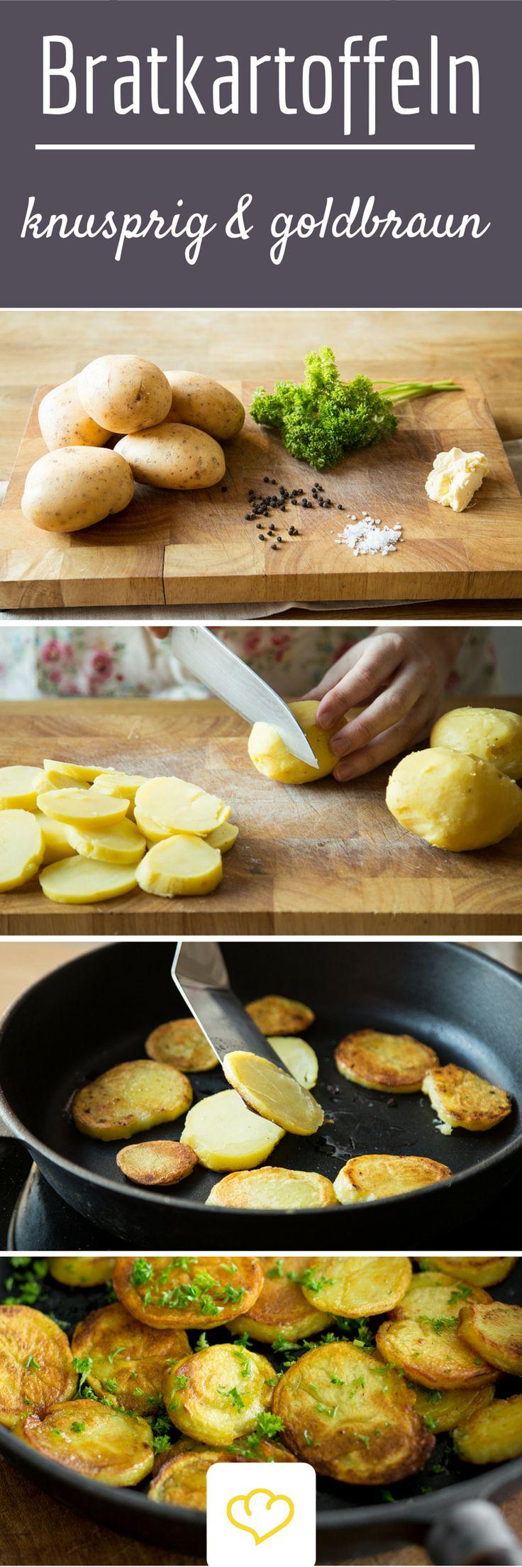 Ich bin ein Freund der einfachen Küche. Wenn aus simplen Zutaten und ein paar Gewürzen eine herzhafte, wärmende Mahlzeit entsteht, bin ich zufrieden. Da Bratkartoffeln diese Punkte erfüllen ist die gelbe Knolle ein willkommener Gast in meiner Bratpfanne. Das deftige Gericht ist simpel, bodenständig und zweckerfüllend – nämlich sättigend.