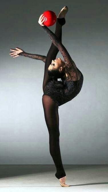 Ok c'est de la gymnastique rythmique mais je veux faire cela!
