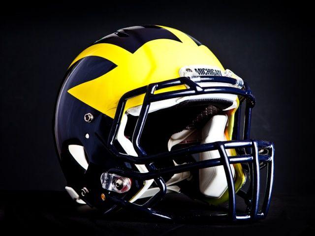Football+Helmet+Designer