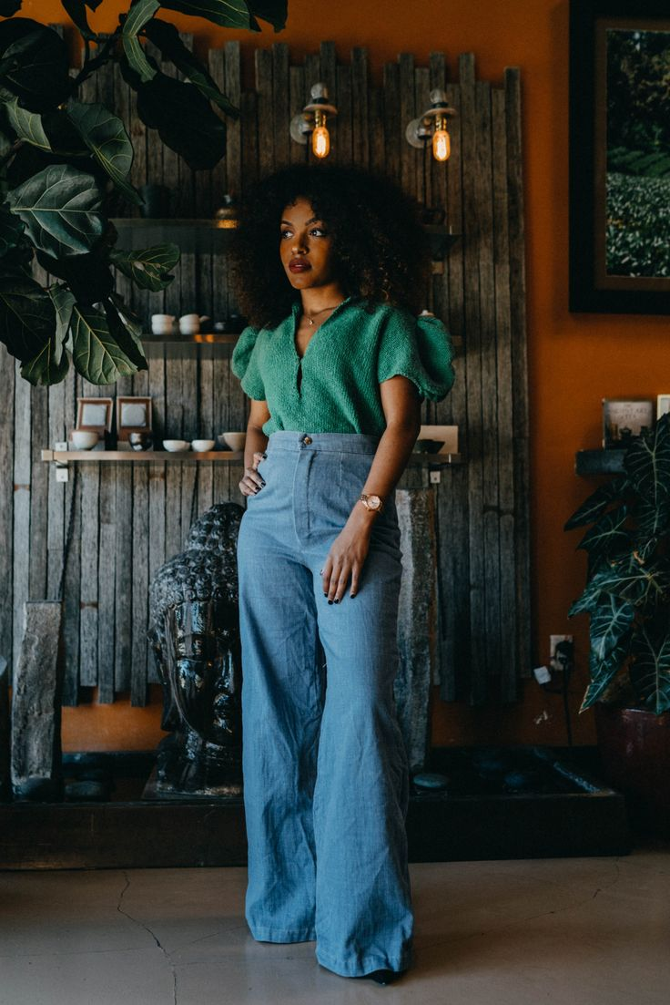 accessories Vintage fashion bell bottoms a - Black Girl Fashion, Look Fashion, Autumn Fashion, 80s Girl Fashion, Retro Fashion 70s, 80s Womens Fashion, Hippie Fashion, 2000s Fashion, Fashion Vintage