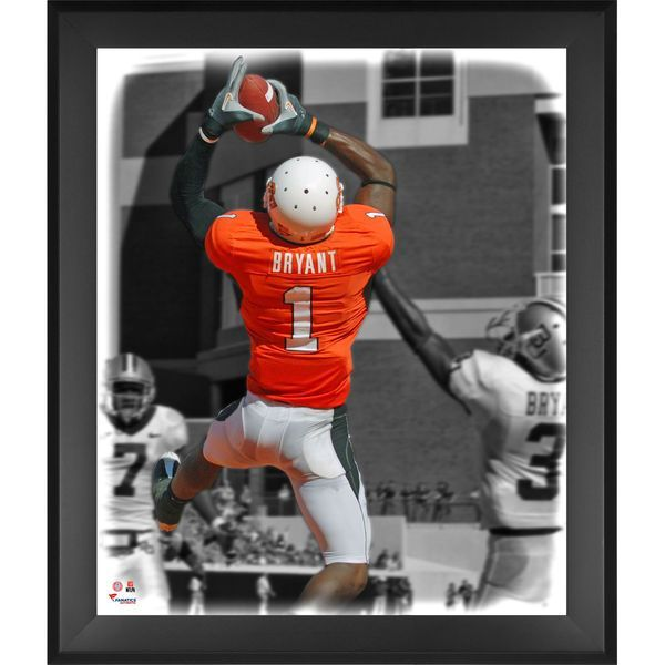 Dez Bryant Oklahoma State Cowboys Fanatics Authentic Framed 20'' x 24'' In the Zone Photograph - $99.99